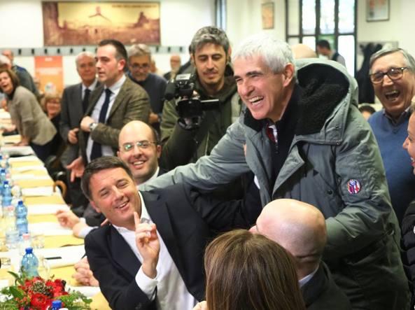 Renzi a bologna a pranzo alla casa del popolo casini comunista di fronte ai due estremismi - Casa del cuscinetto bologna ...