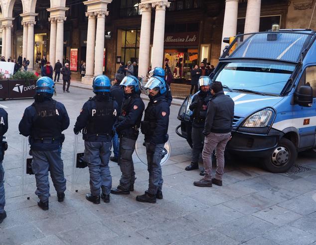 Aitini: «Più poliziotti per Bologna». E la promessa: «Muri ...